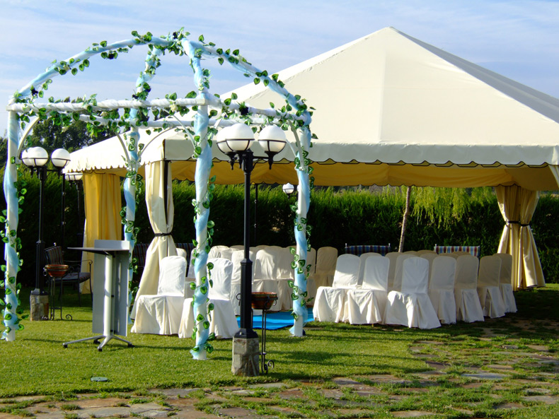 Bodas al civil en jardin for Boda madrid jardin